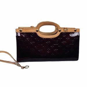 🔥HOST PICK🔥LV Monogram VernisRoxburyDrive Clutch